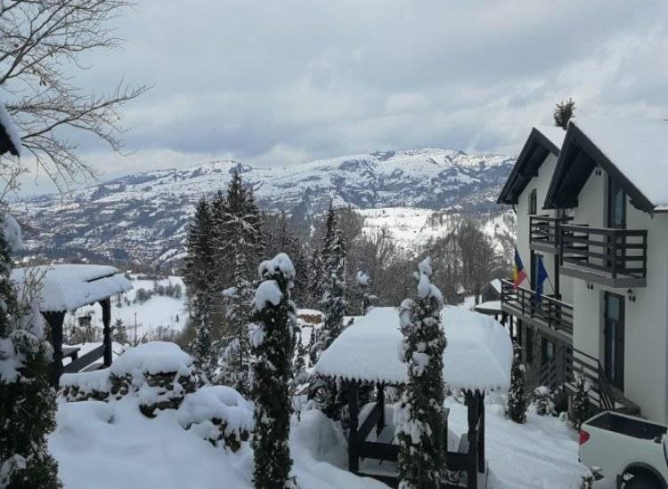 MOISEI- Crăciun în Maramureș